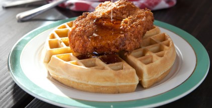 LA-FARMRSDTRH-REST-Chicken_&_Waffle_--_Ross_Laurence[1]