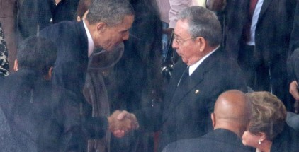 United States President Barack Obama bows to bloody communist Raul Castro